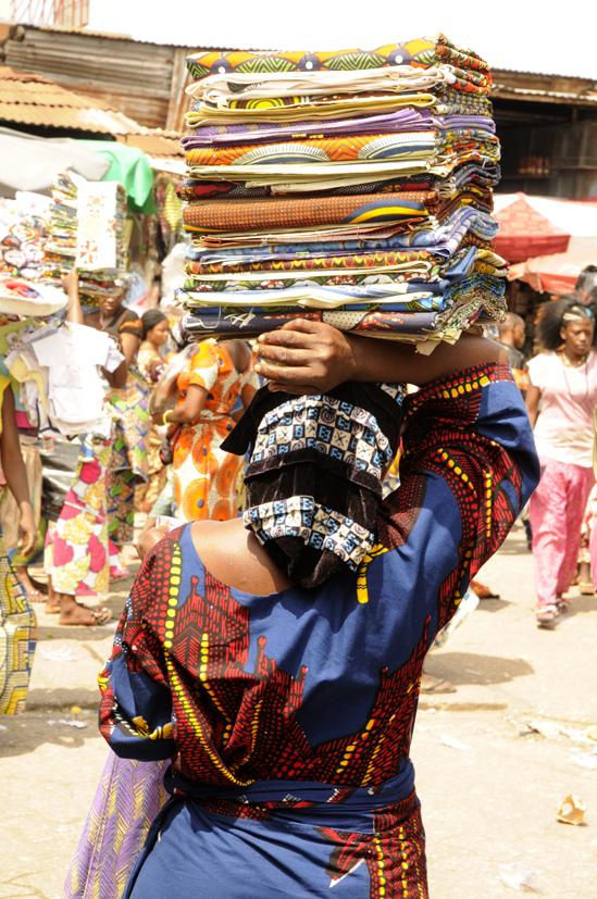 Cultiver le port du pagne 1, Cotonou, Bénin 2013